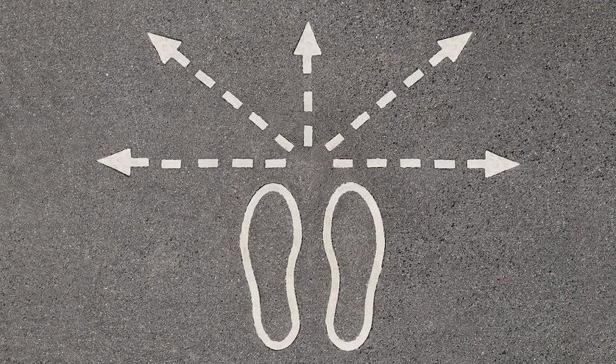 pasos diferentes direcciones