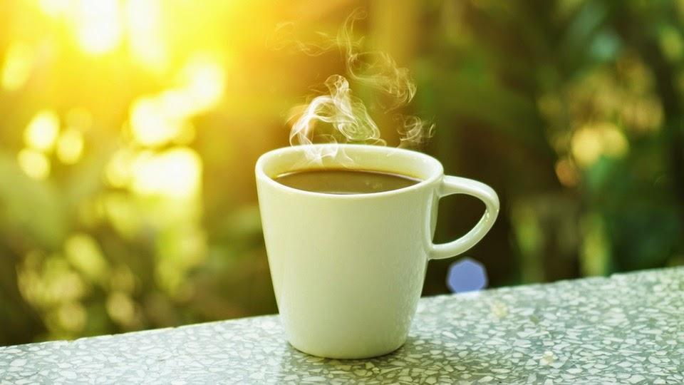 Taza de café en la mañana