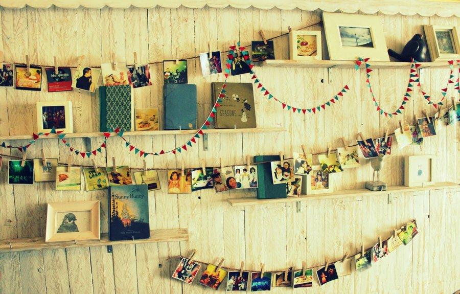 fotos colgadas de la pared